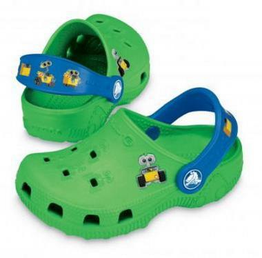 crocs обувь, шлепанцы крокс, кроксы спасли жизнь маленькому ребенку