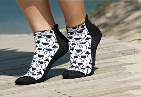 http://footwear.ua/images/content/image/news/noski.JPG